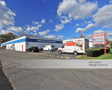 Storage Units for Rent available at 140 Woodbine Street, Bergenfield, NJ 07621 Photo Gallery 1