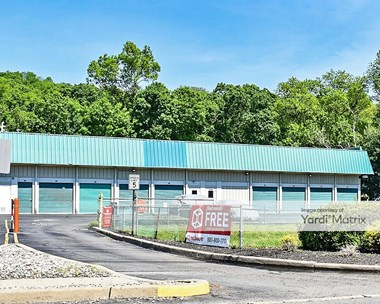 Storage Units for Rent available at 2354 Hamburg Turnpike, Wayne, NJ 07470 Photo Gallery 1