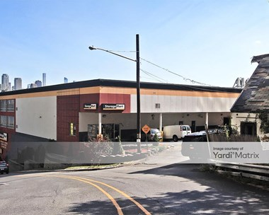 Storage Units for Rent available at 6700 River Road, West New York, NJ 07093 Photo Gallery 1