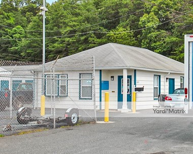 Storage Units for Rent available at 2023 Jefferson Davis Hwy, Stafford, VA 22554 Photo Gallery 1