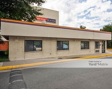 Storage Units for Rent available at 5610 General Washington Drive, Alexandria, VA 22312 Photo Gallery 1