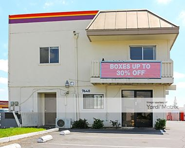 Storage Units for Rent available at 7640 Fair Oaks Blvd, Carmichael, CA 95608 Photo Gallery 1