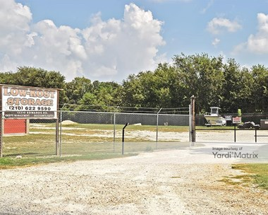Storage Units for Rent available at 12210 Edwards Road, San Antonio, TX 78252 Photo Gallery 1