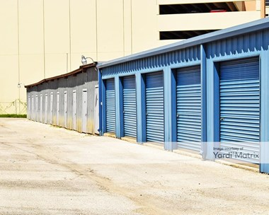 Storage Units for Rent available at 1514 Thousand Oaks Drive, San Antonio, TX 78232 Photo Gallery 1