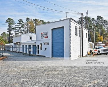 Storage Units for Rent available at 1707 Eubanks Road, Chapel Hill, NC 27516 Photo Gallery 1