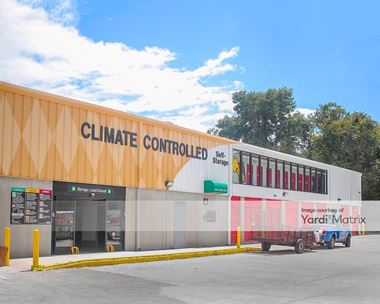 Storage Units for Rent available at 701 Blanding Blvd, Orange Park, FL 32065 Photo Gallery 1