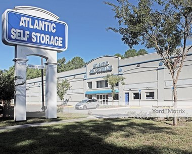 Storage Units for Rent available at 1149 New Berlin Road, Jacksonville, FL 32218 Photo Gallery 1