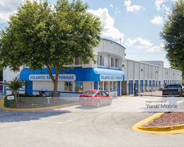Storage Units for Rent available at 1075 Blanding Blvd, Orange Park, FL 32065 Photo Gallery 1