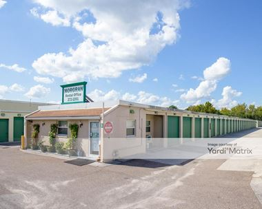 Storage Units for Rent available at 369 Blanding Blvd, Orange Park, FL 32073 Photo Gallery 1