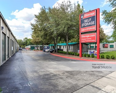 Storage Units for Rent available at 5509 Shad Road, Jacksonville, FL 32257 Photo Gallery 1