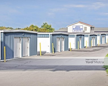 Storage Units for Rent available at 2321 Erie Blvd, Syracuse, NY 13224 Photo Gallery 1