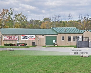 Storage Units for Rent available at 6201 Fremont Road, East Syracuse, NY 13057 Photo Gallery 1