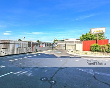 Storage Units for Rent available at 8530 Gerber Road, Sacramento, CA 95828 Photo Gallery 1