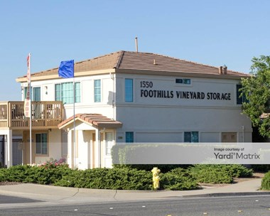 Storage Units for Rent available at 1550 Vineyard Road, Roseville, CA 95678 Photo Gallery 1