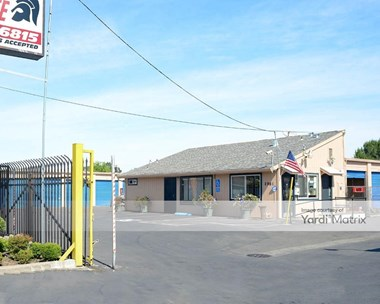 Storage Units for Rent available at 2961 Fruitridge Road, Sacramento, CA 95820 Photo Gallery 1