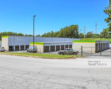 Storage Units for Rent available at 3134 Chestnut Drive, Doraville, GA 30340 Photo Gallery 1