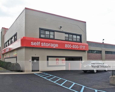 Storage Units for Rent available at 552 Grand Avenue, Ridgefield, NJ 07657 Photo Gallery 1