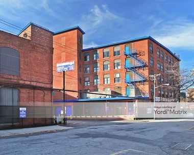 Storage Units for Rent available at 404 Grand Street, Paterson, NJ 07505 Photo Gallery 1