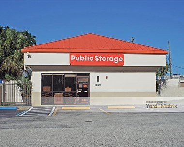 Storage Units for Rent available at 1801 Hypoluxo Road, Lantana, FL 33462 Photo Gallery 1
