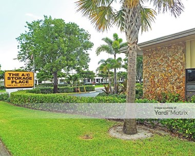 Storage Units for Rent available at 3660 South Congress Avenue, Boynton Beach, FL 33426 Photo Gallery 1