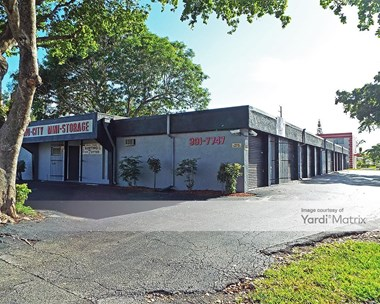 Storage Units for Rent available at 301 SW 1St Avenue, Boca Raton, FL 33432 Photo Gallery 1