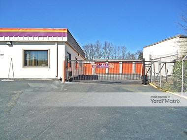 Storage Units for Rent available at 1387 Northside Drive, Atlanta, GA 30318 Photo Gallery 1