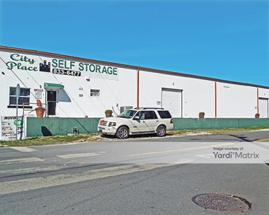 Storage Units for Rent available at 1016 Clare Avenue, West Palm Beach, FL 33401 Photo Gallery 1