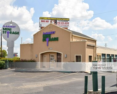 Storage Units for Rent available at 6604 Interstate 10 Frontage Road, San Antonio, TX 78201 Photo Gallery 1