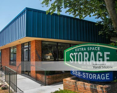 Storage Units for Rent available at 10590 Metropolitan Avenue, Kensington, MD 20895 Photo Gallery 1