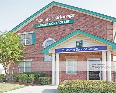 Storage Units for Rent available at 1417 West Frankford Road, Carrollton, TX 75007 Photo Gallery 1