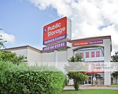 Storage Units for Rent available at 8101 North Lamar Blvd, Austin, TX 78753 Photo Gallery 1