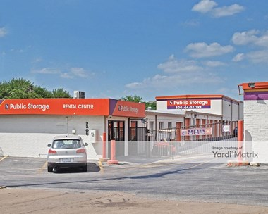Storage Units for Rent available at 9205 Research Blvd, Austin, TX 78758 Photo Gallery 1