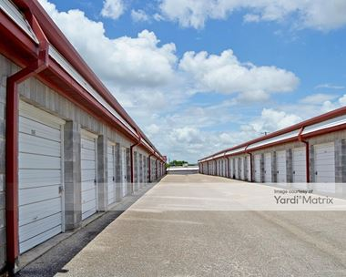 Storage Units for Rent available at 2709 South Lamar Blvd, Austin, TX 78704 Photo Gallery 1