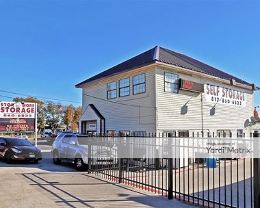 Storage Units for Rent available at 2932 West Division Street, Arlington, TX 76012 Photo Gallery 1