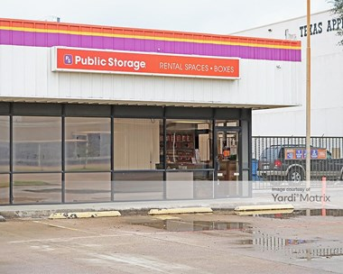 Storage Units for Rent available at 3521 West Pioneer Pkwy, Pantego, TX 76013 Photo Gallery 1