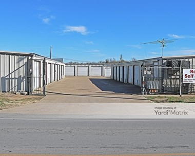 Storage Units for Rent available at 12215 Rendon Road, Burleson, TX 76028 Photo Gallery 1