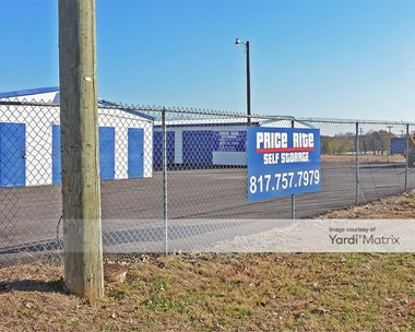Storage Units for Rent available at 1319 Santa Fe Drive, Weatherford, TX 76086 Photo Gallery 1