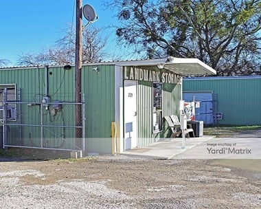 Storage Units for Rent available at 2721 Fall Creek Hwy, Granbury, TX 76049 Photo Gallery 1