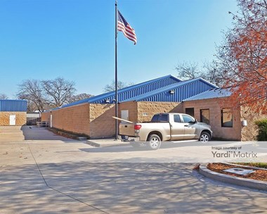 Storage Units for Rent available at 1006 North Main Street, Weatherford, TX 76086 Photo Gallery 1
