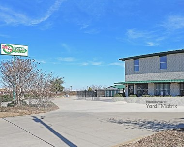 Storage Units for Rent available at 9709 South Fwy, Fort Worth, TX 76140 Photo Gallery 1
