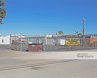 Storage Units for Rent available at 2912 West Pafford Street, Fort Worth, TX 76110 Photo Gallery 1