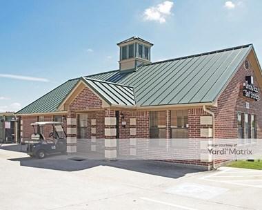 Storage Units for Rent available at 7902 Denton Hwy, Watauga, TX 76148 Photo Gallery 1