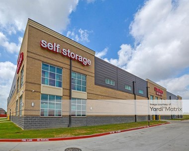Storage Units for Rent available at 401 West Rendon Crowley Road, Fort Worth, TX 76028 Photo Gallery 1