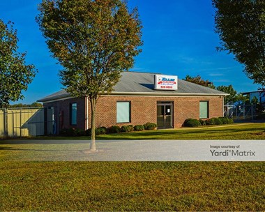Storage Units for Rent available at 2431 Oak Lake Blvd, Midlothian, VA 23112 Photo Gallery 1