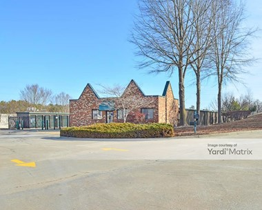 Storage Units for Rent available at 4000 Hamlin Creek Pkwy, Chester, VA 23831 Photo Gallery 1