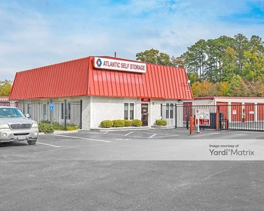 Storage Units for Rent available at 2401 Build America Drive, Hampton, VA 23666 Photo Gallery 1