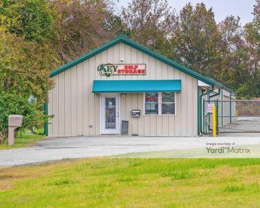 Storage Units for Rent available at 20 Potter Lane, Hampton, VA 23666 Photo Gallery 1