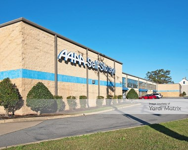 Storage Units for Rent available at 625 Campostella Road, Norfolk, VA 23523 Photo Gallery 1