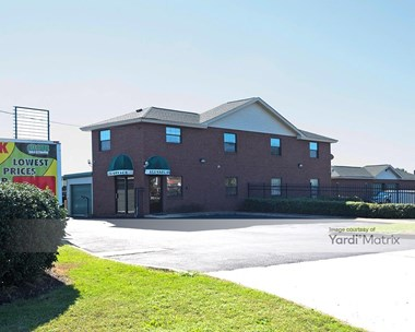 Storage Units for Rent available at 3701 East Princess Anne Road, Norfolk, VA 23502 Photo Gallery 1