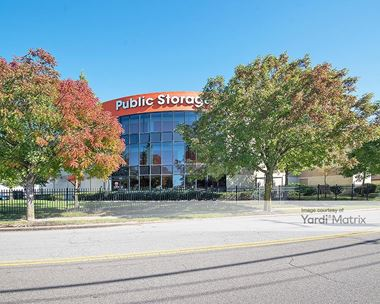 Storage Units for Rent available at 1090 West 35th Street, Norfolk, VA 23508 Photo Gallery 1